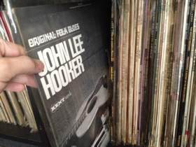 ORIGINAL FOLK BLUES JOHN LEE HOOKER