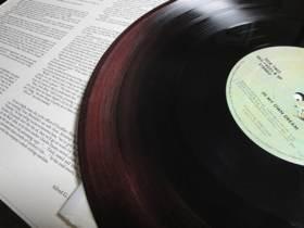 レコード盤の変色