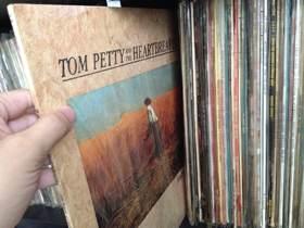 Southern Accents/トム・ペティ&ザ・ハートブレイカーズ〜シンプルでストレートなロックを主体にしつつもバラエティに富んだアルバム