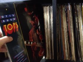 Tops/オーティス・ラッシュ〜停滞時期から抜け出し、熱いモダン・ブルースを聴かせるライブ・アルバム
