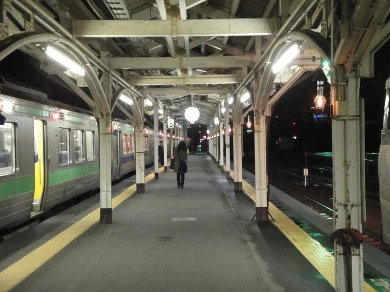 JR小樽駅など小樽市内5駅で、駅構内での全面禁煙化が実施されるというニュース